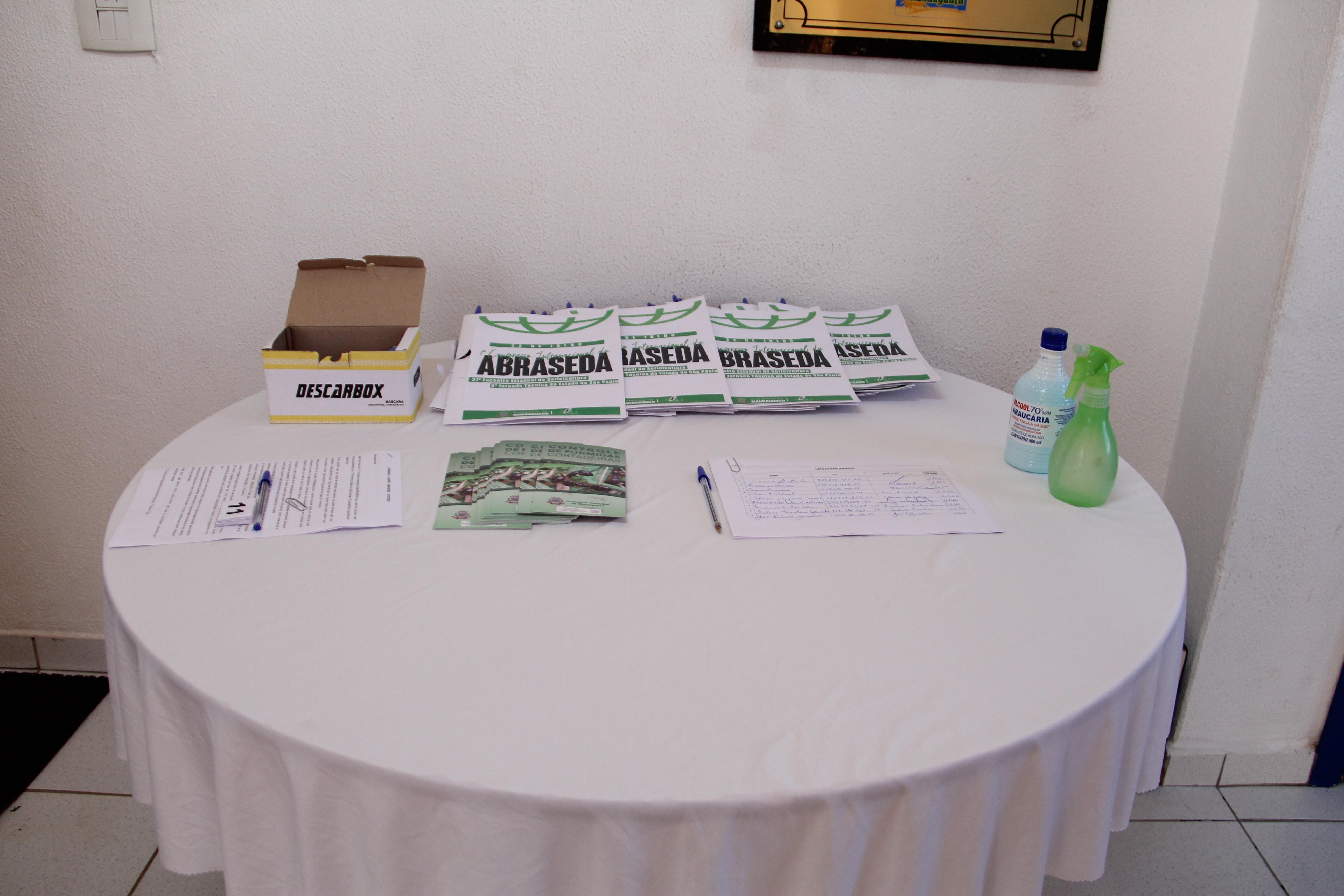 Mandaguaçu sedia evento internacional para sericicultores