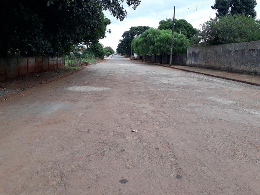 Prefeitura realiza melhoria em mais 3 trechos