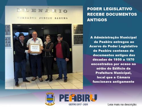 PODER LEGISLATIVO RECEBE DOCUMENTOS ANTIGOS