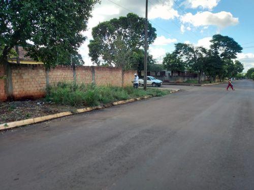 Prefeitura realiza a limpeza em diversos locais