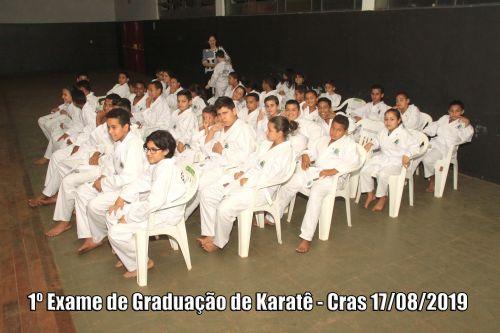 1º Exame de Graduação de Karatê - CRAS