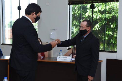 Emerson Sette e Junior Leoni tomam posse como prefeito e vice de Flórida