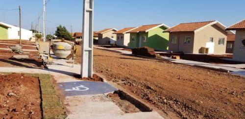 Técnicos visitam as obras de casas populares do Programa Nossa Gente, em Flórida