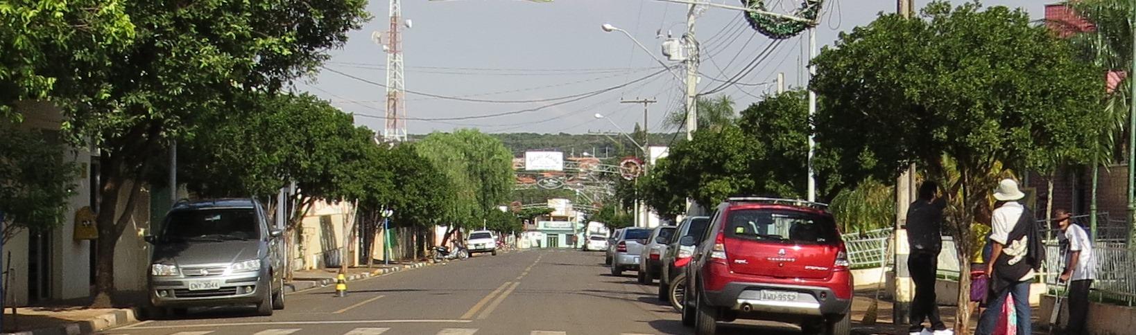 Rua São Paulo e Prefeitura Municipal