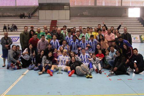 Perobal Campeão no futsal nos  jogos da juventude em Umuarama
