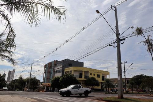 Prefeitura de Ivaiporã instala 899 lâmpadas de led e investe na extensão de rede e luminárias de sódio