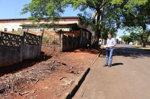Ivaiporã notifica moradores para construir, manter e conservar passeios públicos