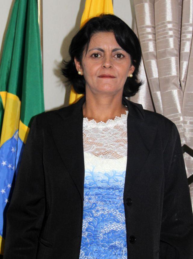 Rosely Apª Pereira da Silva (1ª Secretária)