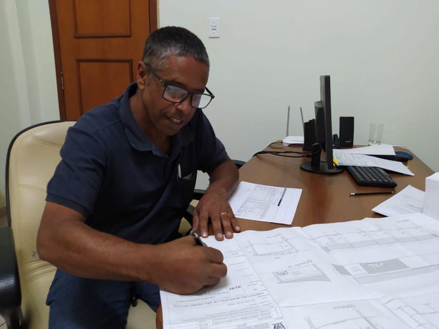 Prefeitura de São Pedro do Ivaí investirá R$ 81 mil na ampliação do pátio de máquinas