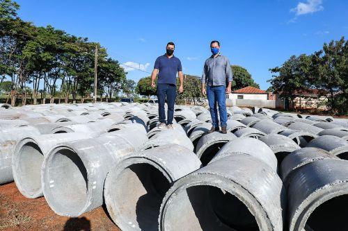 Prefeitura inicia instalação de galeria pluvial na Rua Ricardo Rissardo