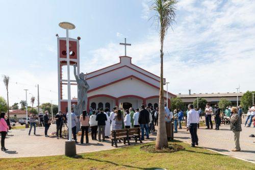 Ângulo celebra 31º aniversário com a reinauguração da Praça da República