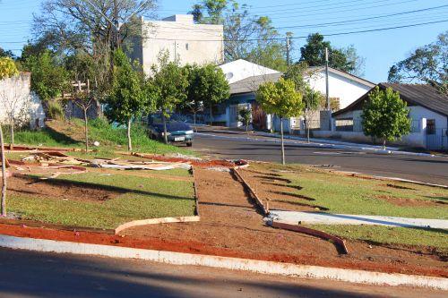 Construção da nova Praça da Bíblia