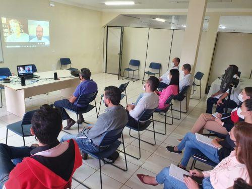 Prefeitura de Ortigueira participa de reunião com Klabin: intensificando parcerias