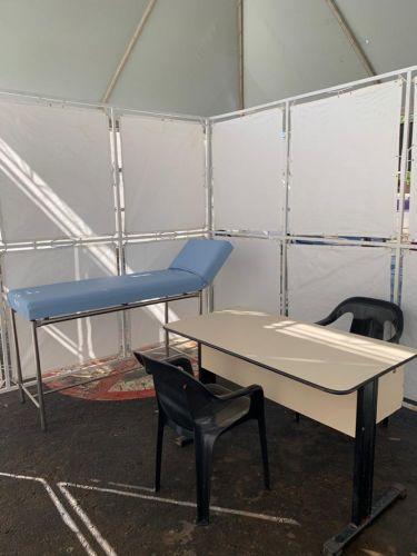 Atendimento médico: isolamento em área de cerca de seis metros quadrados