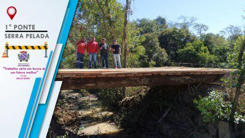 Substituição de Quatro Pontes