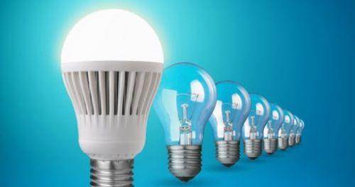 Trocas de lâmpadas ocorre na quarta-feira, 14