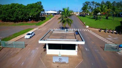 Branco Peres doa 600 litros de álcool líquido para Prefeitura de Mariápolis