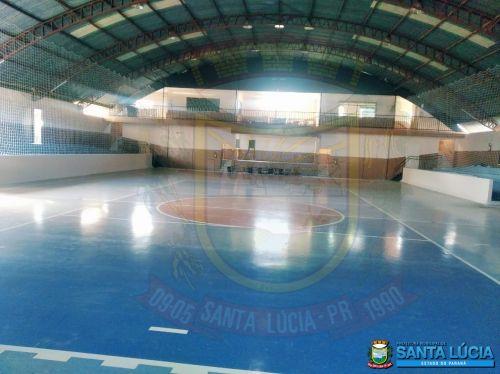 Fotos da finalização da reforma do ginásio de esportes João Cominetti