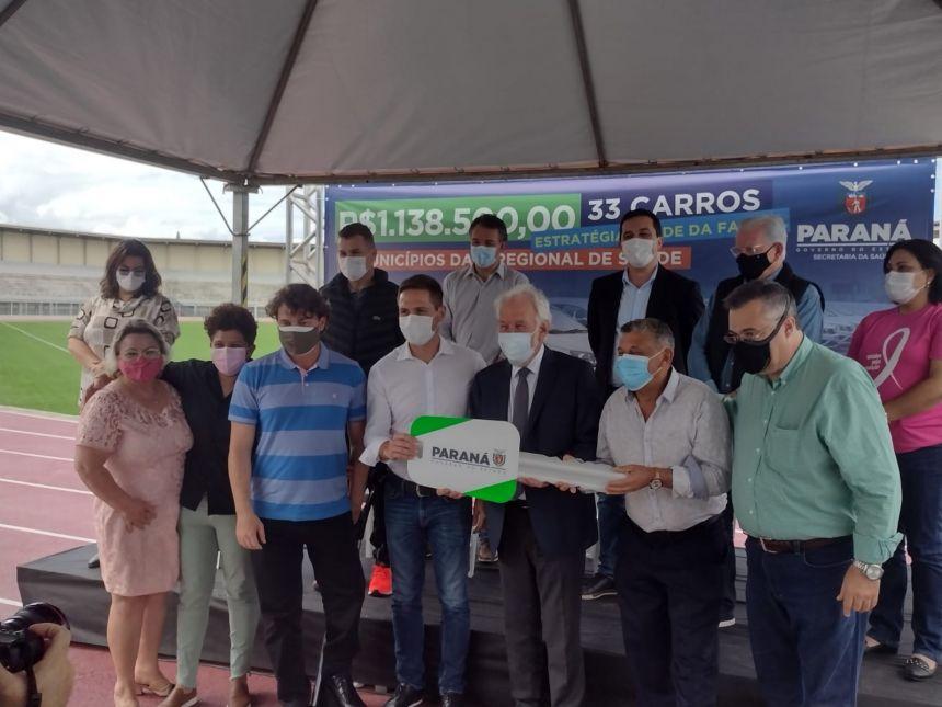 Prefeitura de Pontal do Paraná recebe dois automóveis do Governo do Estado