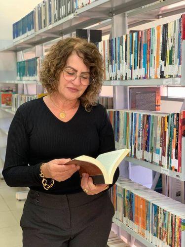 """REABERTURA DA BIBLIOTECA CIDADÃ PROFESSORA MARIA BAIANA""."