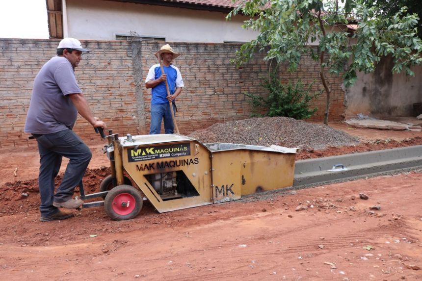 Iniciado o processo de pavimentação da Av. Alagoas - Jardim Cruzeiro