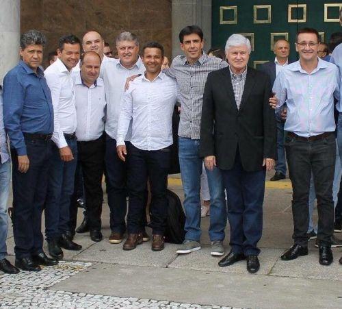 Prefeito de Anahy em Curitiba confirma conquista de quase um milhão de reais