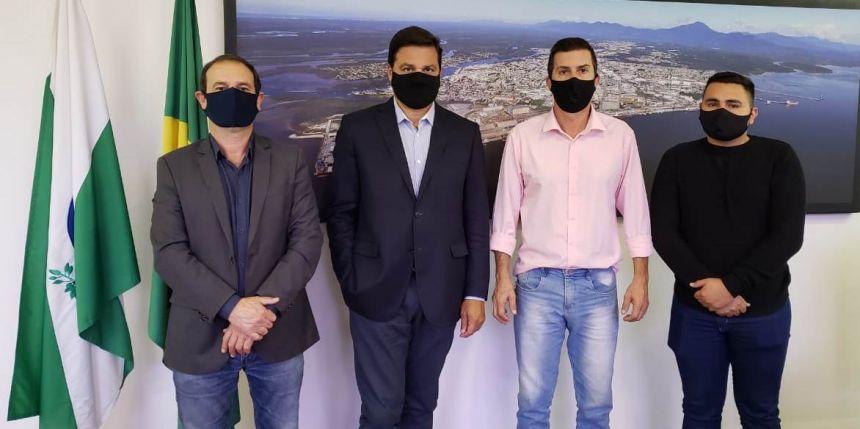 PREFEITO REGINALDO VILELA CUMPRE AGENDA NESTA QUARTA-FEIRA EM CURITIBA.
