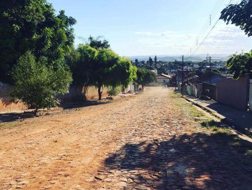 Galeria de Águas Pluviais Rua Geronimo Vaz Vieira, Munhoz da Rocha e Ten. Ubirajara (Parte Alta da Cidade)