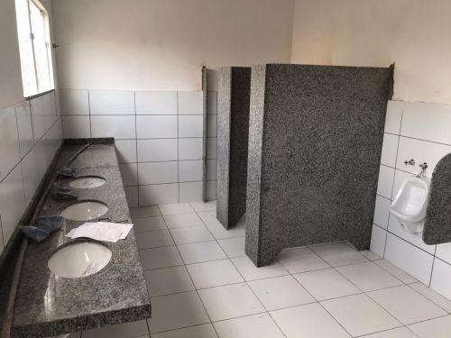 Ampliação do Posto de Saúde Central (Construção de Sanitários e Ampliação da Sala de Recepção).