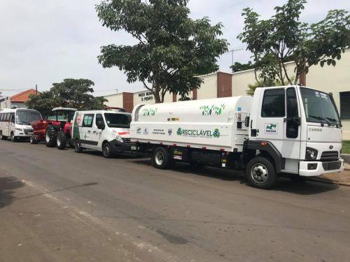 Veículos Novos para saúde Ônibus e Ambulância; Obras Trator e Caminhão de Lixo Reciclável