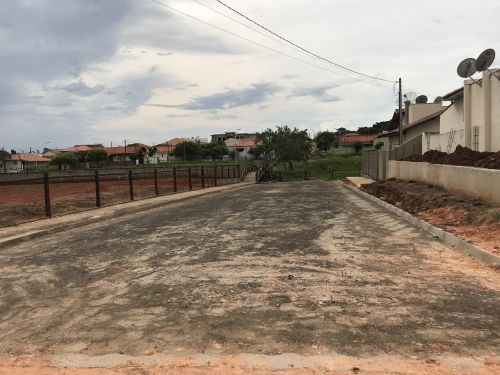 Calçamento Lajotas Sextavadas Prolongamento Rua:Dr.Lincoln Graça (Próximo ao Parque)