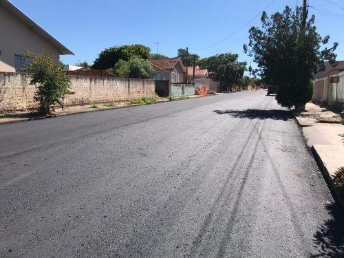 Asfalto em Ruas do Bairro Cucuia