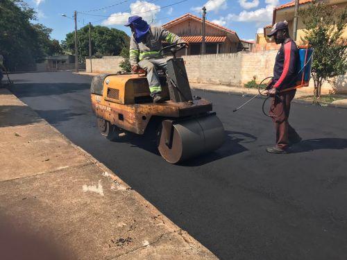 Recape asfáltico Rua Pedro Soares (Pra Cima da Linha do Trem)