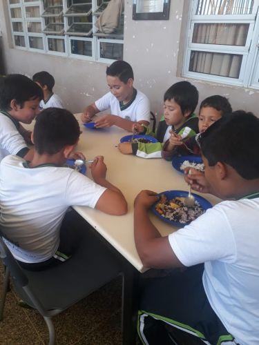 Alimentação de qualidade nas Escolas do Município.