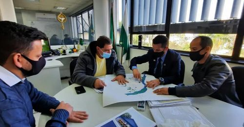 Prefeito e Secretário buscam recursos em Curitiba para construção da sede da BASE V.I.G.I.A