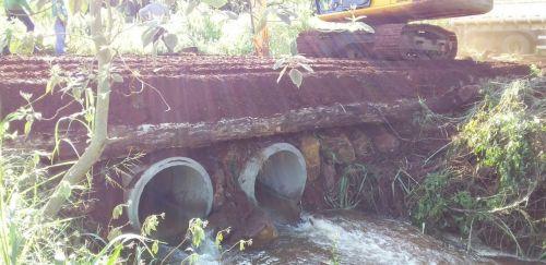 Manutenção e construção de ponte e bueiro comunidade Santa Mariana