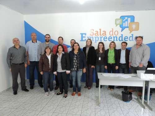 Sala do Empreendedor é inaugurada em Manoel Ribas