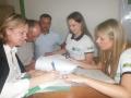 Prefeita Bete Camilo assinando o convenio