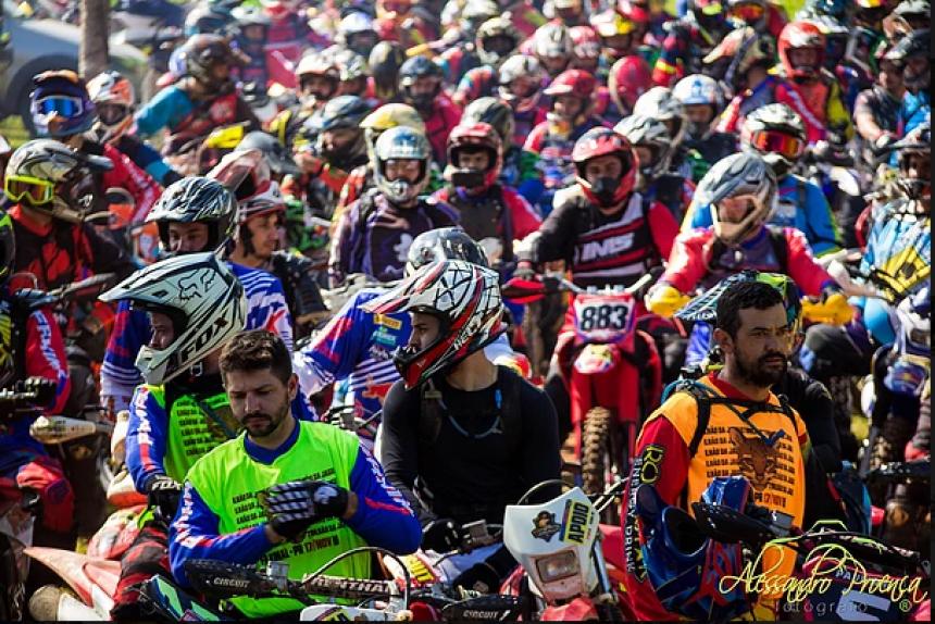 Trilhão da Jaguatirica reúne mais de 250 motociclistas da região