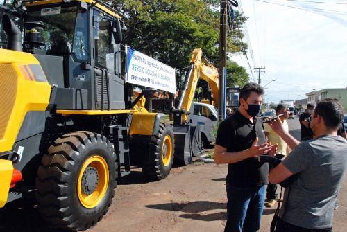 Prefeitura recebe novos maquinários para melhoria da infraestrutura