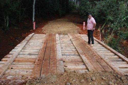 Prefeitura reforça manutenção das estradas rurais