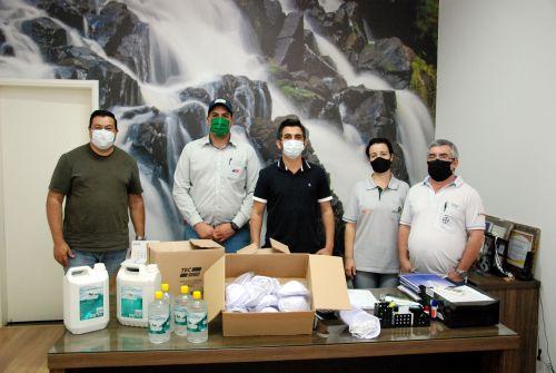 Prefeitura recebe máscaras e álcool gel