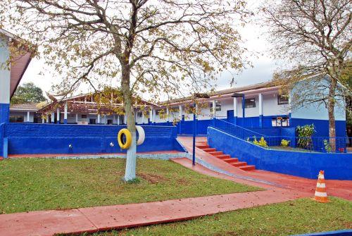Decreto prorroga suspensão das aulas presenciais na rede municipal em Faxinal