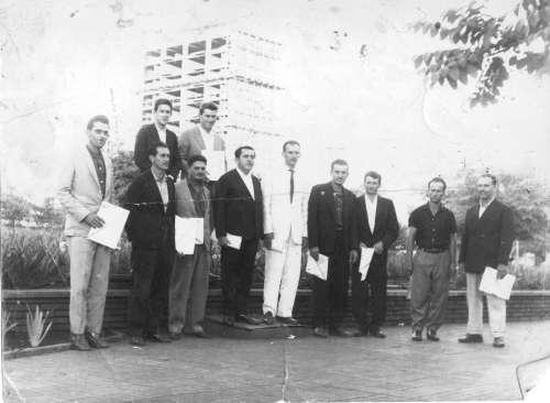 Gestão 1964 a 1968. Prefeito: Alquirino Bannach. Vice-prefeito: Antonio Garutti Catto. Foto: Francisco Dorta de Oliveira ? 1964.