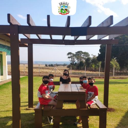 Instalação do Pergolado na Escola Afrânio peixoto.