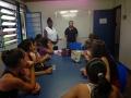 No CRAS, alunas realizam curso de manicure