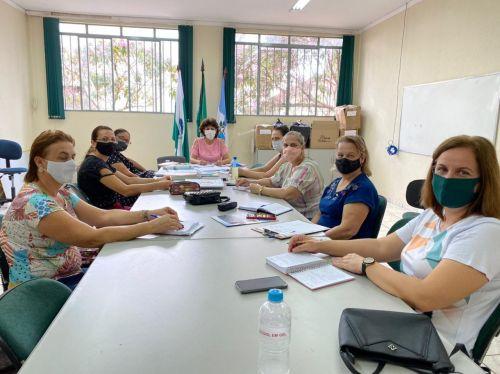 Comissão define normativas para retorno às aulas em Floresta