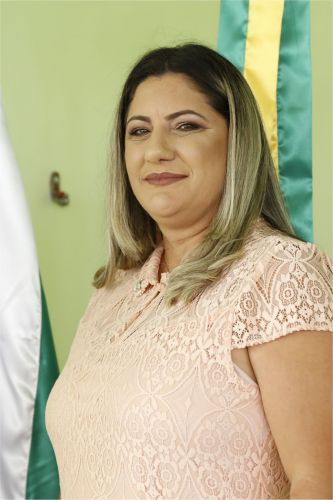 Valéria Carvalho Costa Carlos