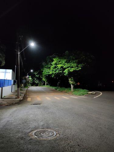 Novas regiões recebem iluminação de LED em Floresta