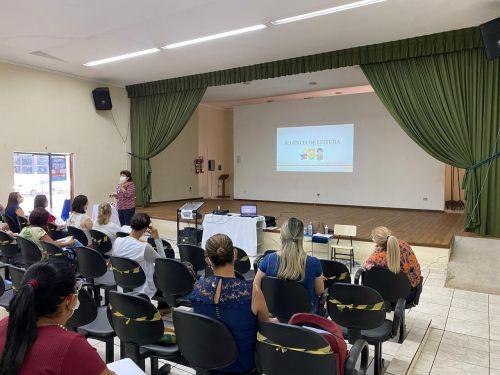 Profissionais da educação municipal recebem formação para avaliação diagnóstica dos alunos